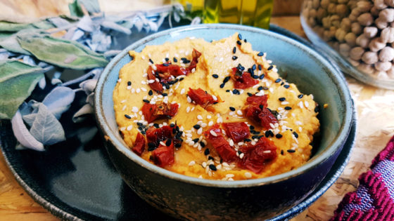 Recette de houmous aux tomates